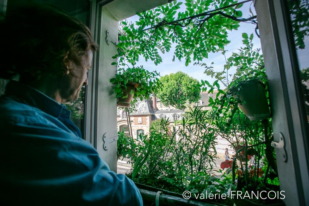 Lorsque je suis sur le canapé face à la fenêtre, j'ai l'impression d'être à la campagne!